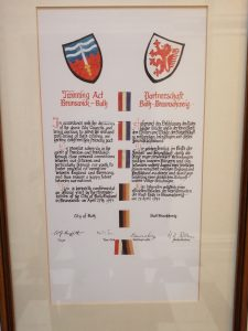 Photograph of the twinning agreement between the UK City of Bath and German City of Braunschweig